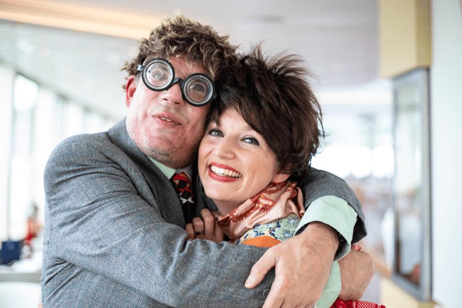 Schauspieler Paar nach der Comedy Show