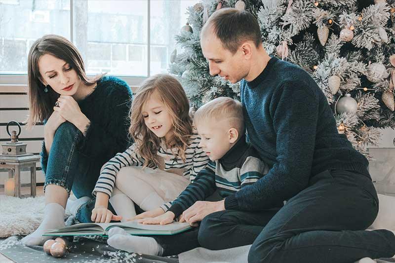 Weihnachtsgeschenk, Weihnachtsgutschein für eine Familie