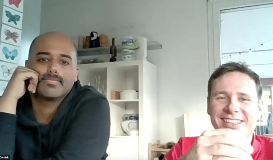 2 Männer spielen online Krimi von StadtKrimi und lachen